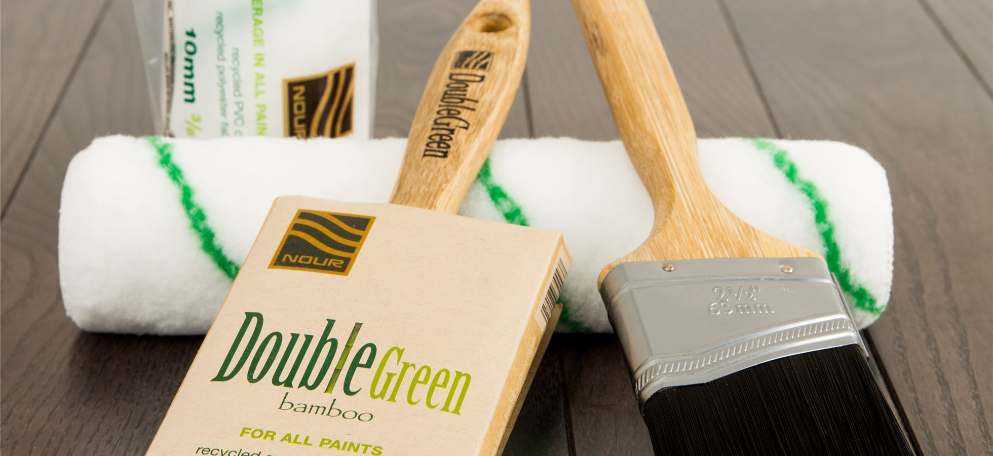 Double green brushes and rollers.